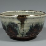 Teabowl/Chawan, Chosengaratsu glaze, pinched from a ball on the kickwheel